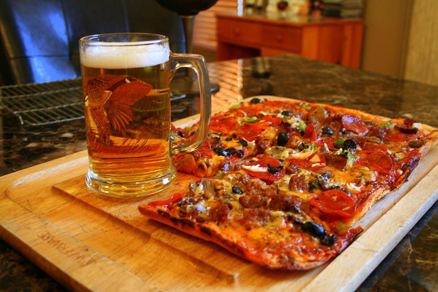 pizza-and-beer-kay-novy