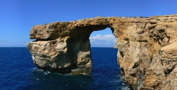 Sudika_Azure_Window-610x310