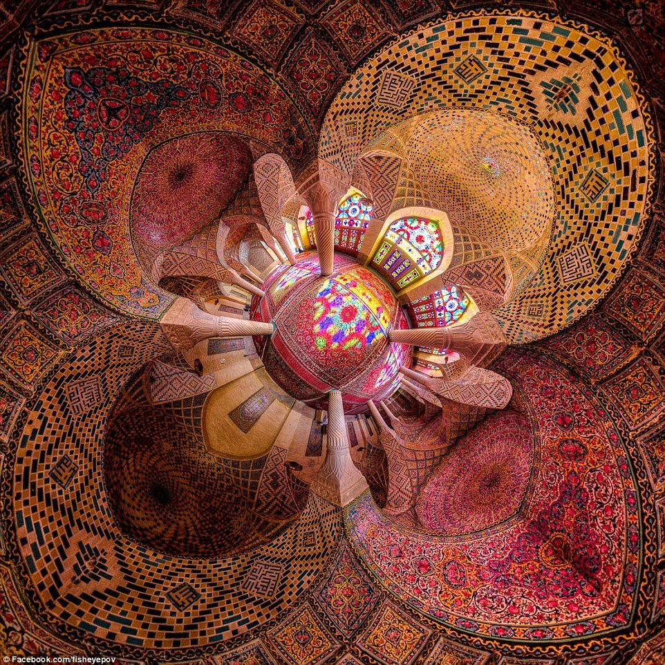 1415958145644_wps_72_The_Pink_Mosque_or_Nasir_