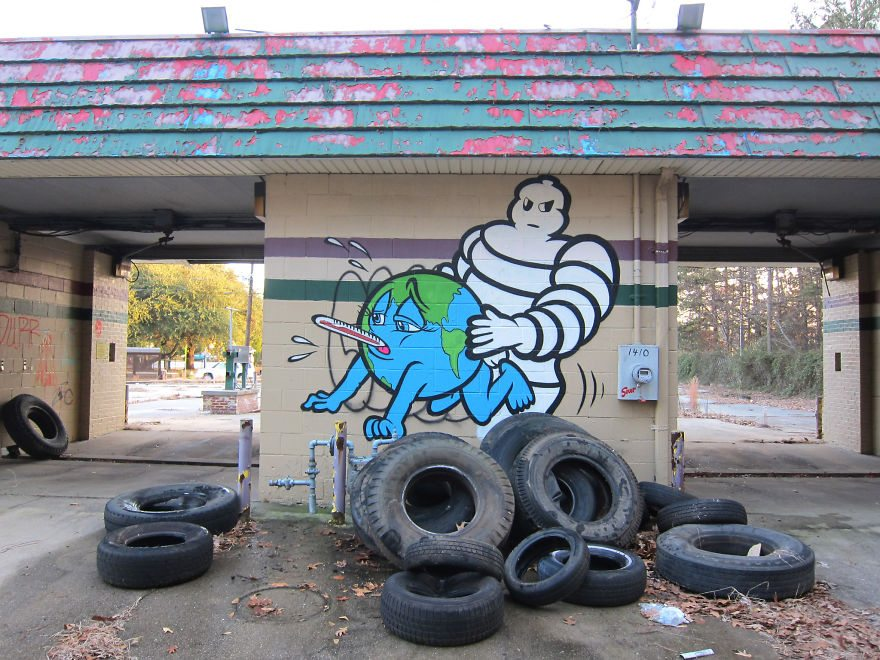 XX-Powerful-Street-Art-Pieces-That-Tell-The-Uncomfortable-Thruth27__880