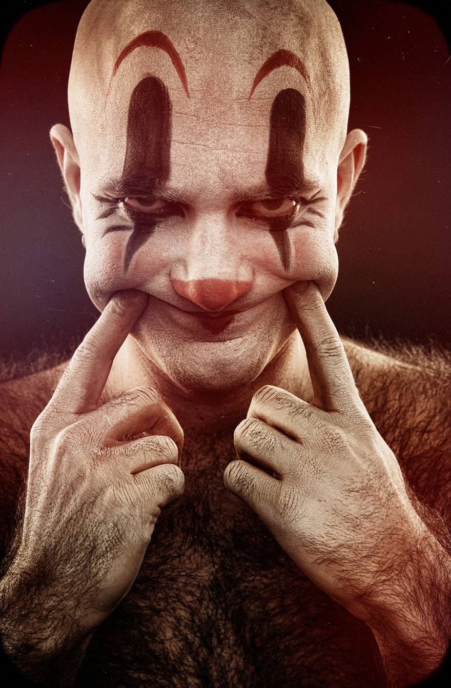 macabre-scary-clown-portraits-photography-clownville-eolo-perfido-99-10