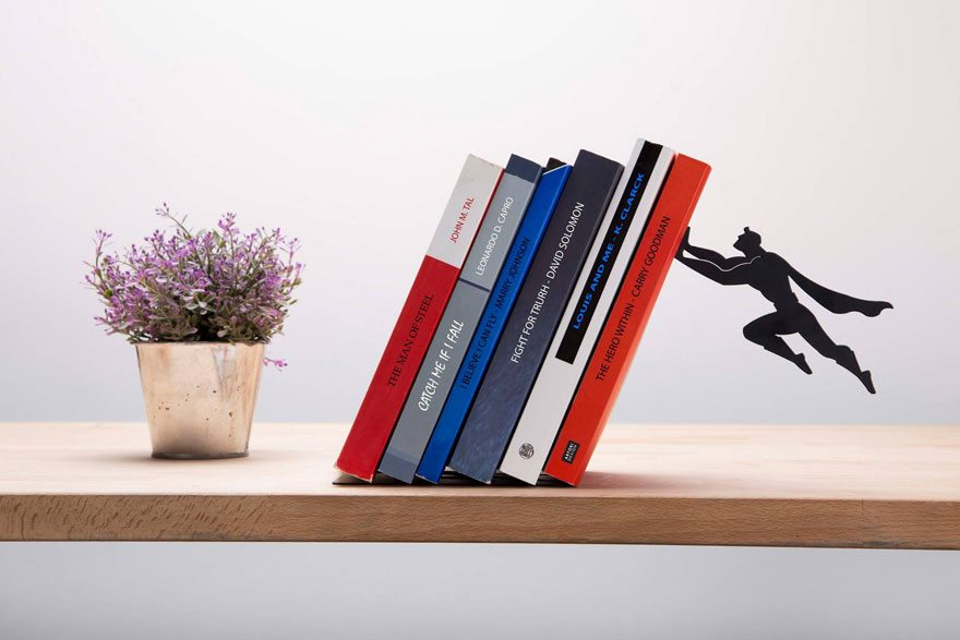 smart-superhero-bookends-artori-design-israel-2