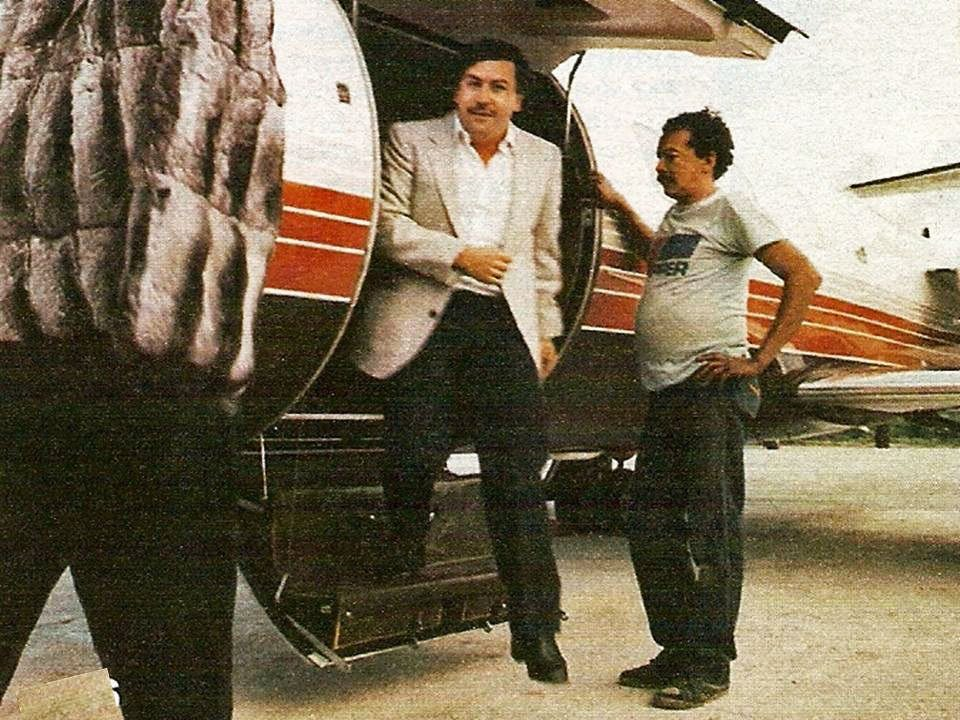 2-escobar-made-the-forbes-list-of-international-billionaires-for-seven-years-straight-from-1987-until-1993-in-1989-he-was-listed-as-the-seventh-richest-man-in-the-world