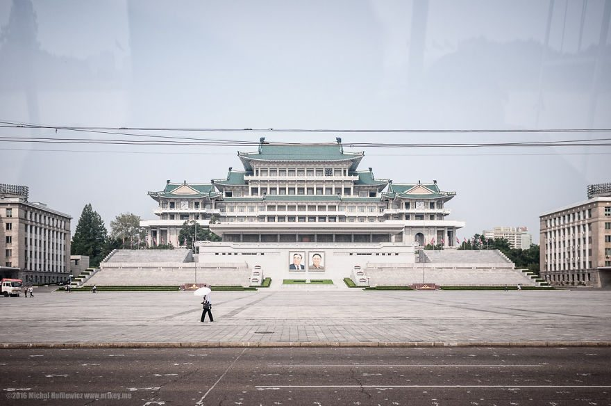 i-took-and-smuggled-these-out-of-north-korea-illegal-photos-kim-doesnt-want-you-to-see-18__880