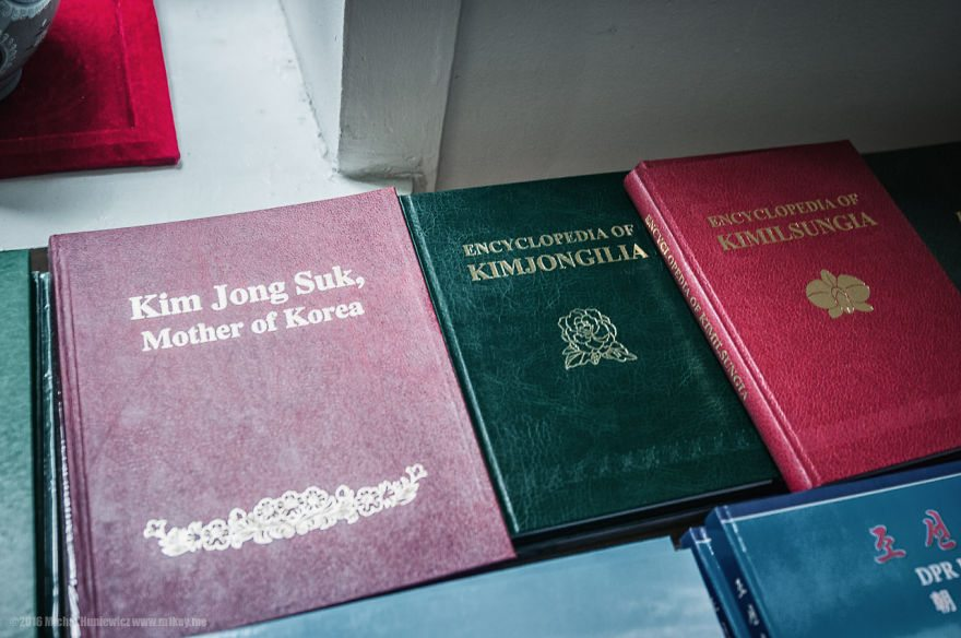 i-took-and-smuggled-these-out-of-north-korea-illegal-photos-kim-doesnt-want-you-to-see-22__880